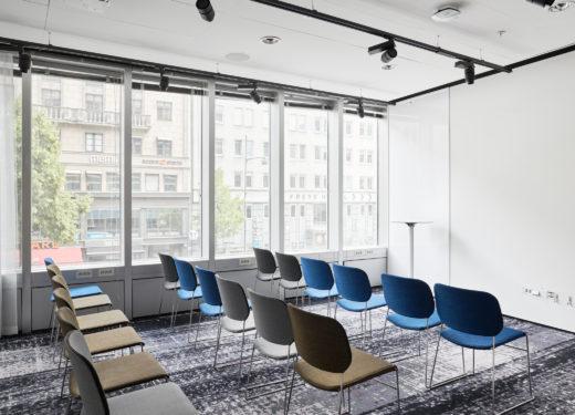 Halo konferenslokal i biosittning på Nordic Light Hotel